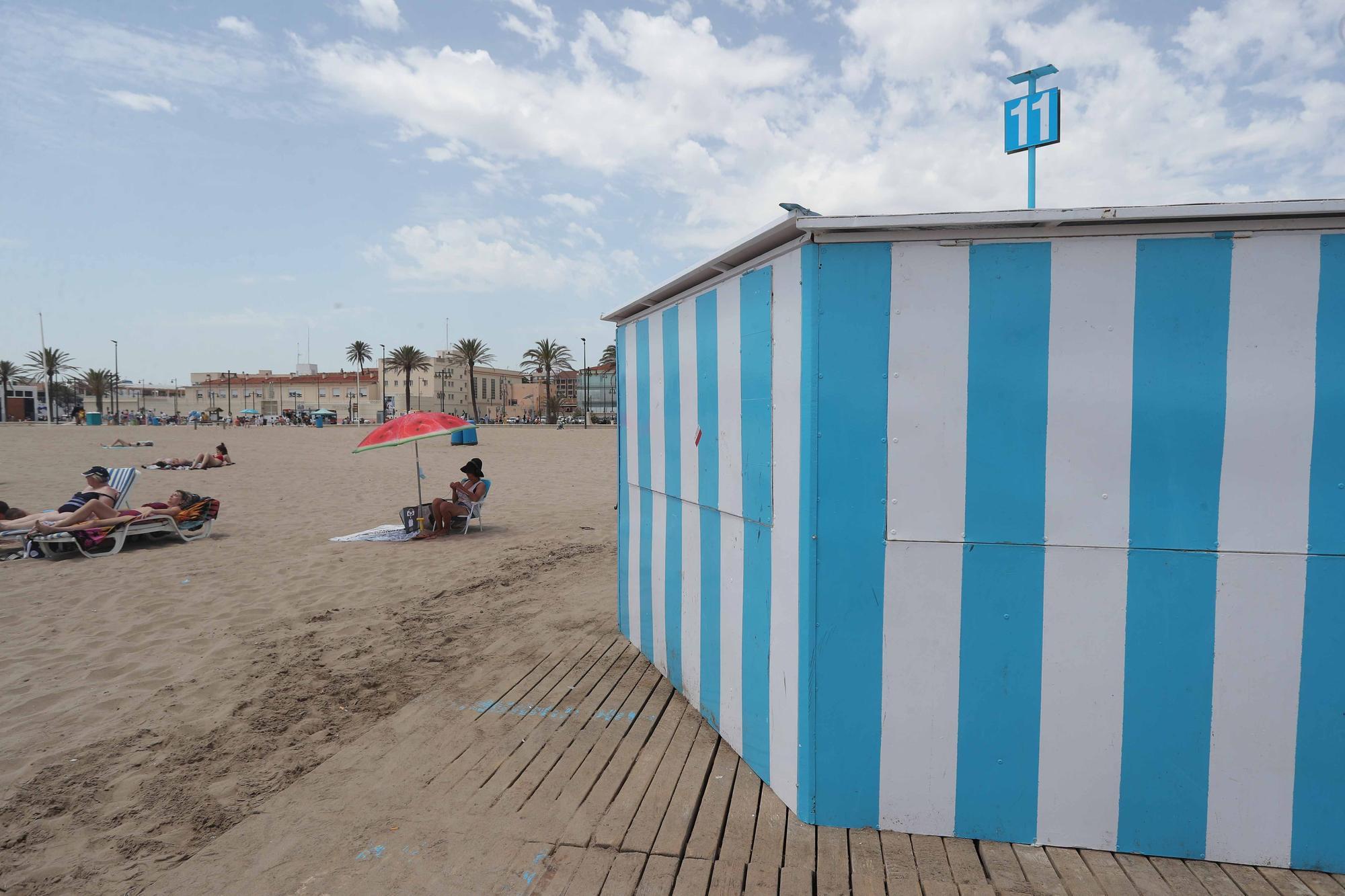 Así ha sido el acto vandálico en los chiringuitos de la playa de la Malva-rosa