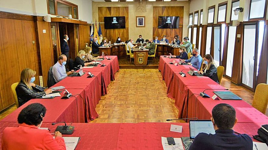 Unidad política en el Cabildo para recuperar la totalidad de los fondos del Fdcan
