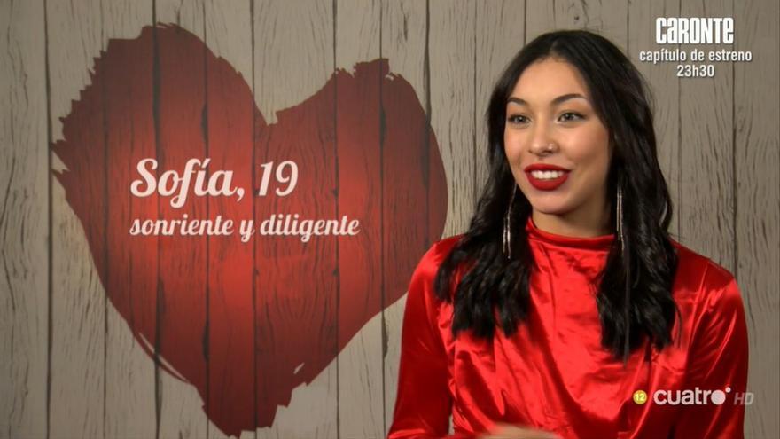 """Sofía, a su cita en 'First dates': """"Me gustan las mujeres pero para un rato"""""""