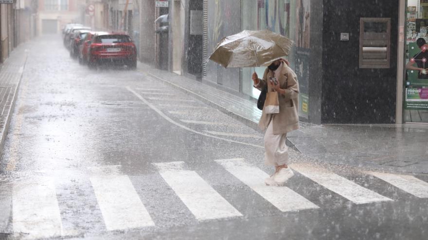 Vuelven las tormentas a Valencia y esta vez llegan con granizo