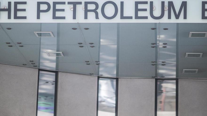 El petróleo cotiza a la baja, a pesar del acuerdo de la OPEP+ para reducir su oferta