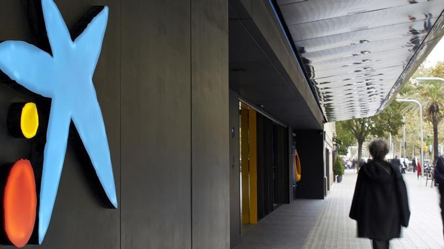 CaixaBank plantea el mayor ERE de la banca: recorta 8.291 empleos, 65 de ellos en Asturias