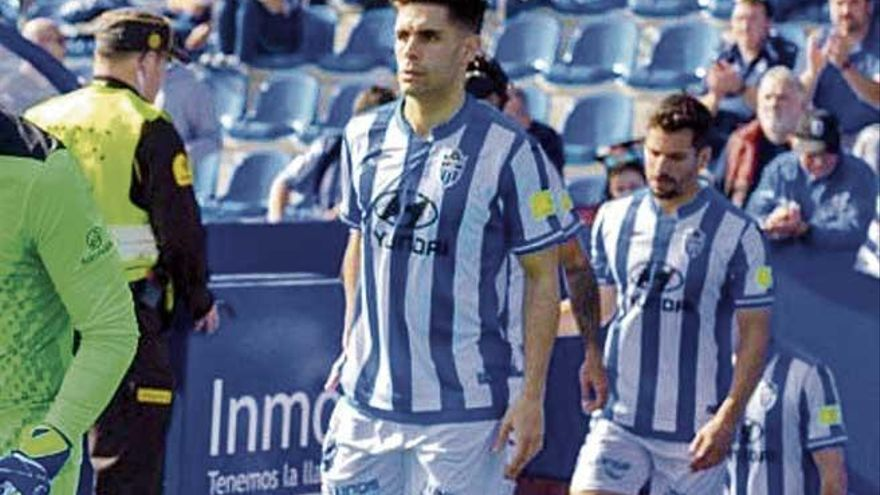 Óscar Gil se une a la lista de lesionados del Atlético Baleares