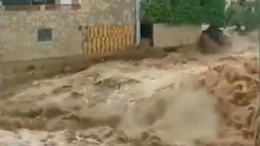 Rescates de conductores, achiques y corte de la AP-7 y la 340 en Vinaròs por la tromba de agua