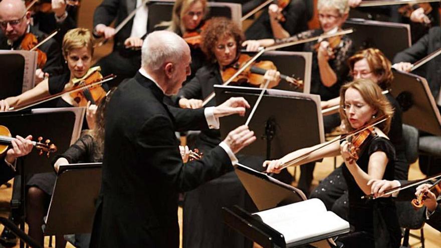 Un concierto de la OSCyL abre este martes en el teatro Latorre de Toro el Festival Jesús López Cobos