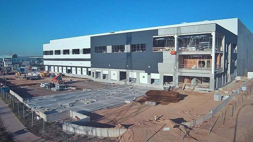 Aza abrirá en un mes su nueva planta en Sagunt tras invertir 22 millones