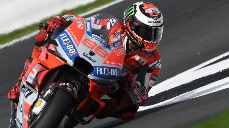 Moto GP: Lorenzo vola per aconseguir la pole a Misano