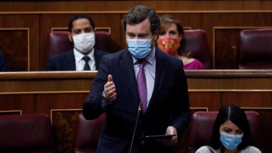 """VOX se reivindica como la única oposición y asegura que el Gobierno ha """"domesticado"""" al PP"""