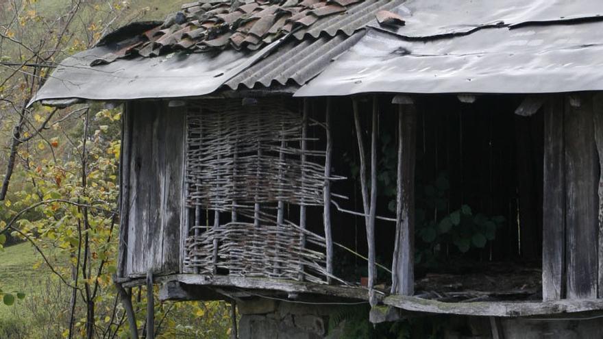 El Defensor del Pueblo analiza la gestión regional en la despoblación de las Cuencas