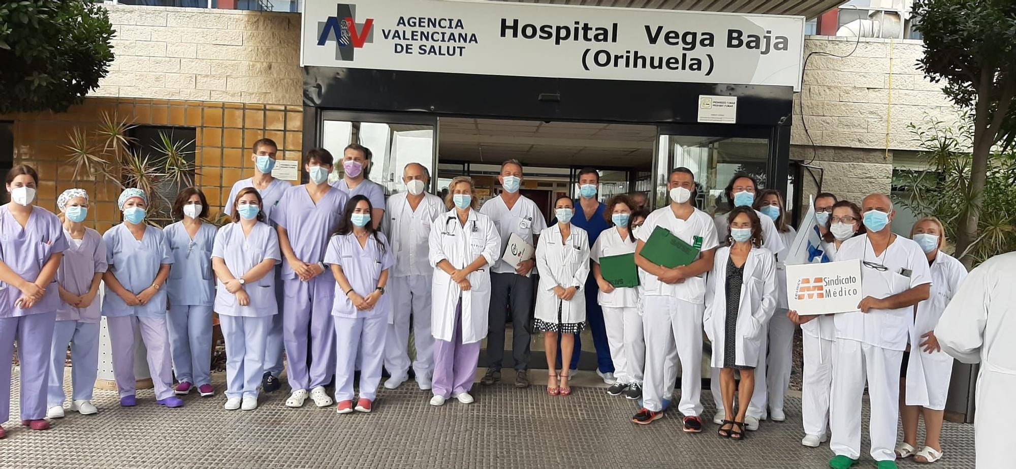 Protesta en los hospitales de la provincia en apoyo a los trabajadores de la UCI del Hospital La Plana