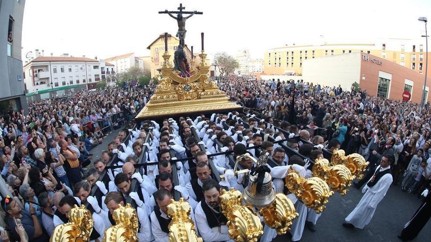 Mascarillas, distancia social y certificado Covid, para salir en la Magna de Málaga