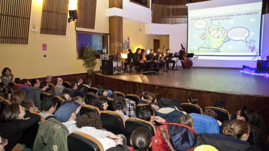 UGT exige a la Mancomunidad del Nalón que retire el recurso judicial del Conservatorio y se retome el diálogo