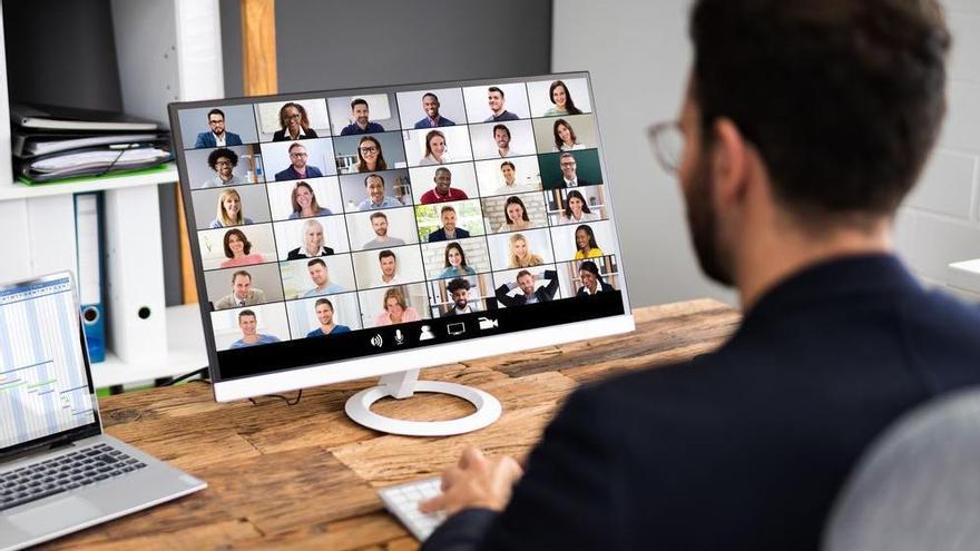 Las causas por que las videollamadas con Zoom te generan más fatiga