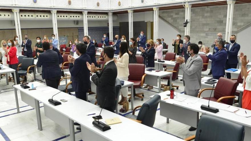 Murcia aprueba una ley para proteger el Mar Menor