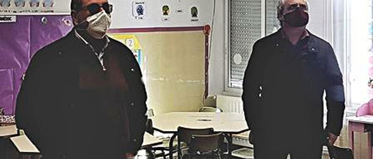 Gil y Tarazona durante la visita. | LEVANTE-EMV