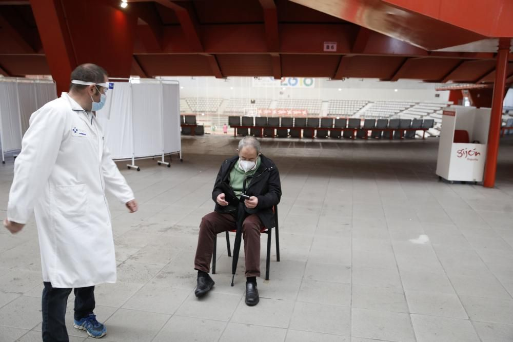 Campaña de vacunación de la gripe en Gijón.