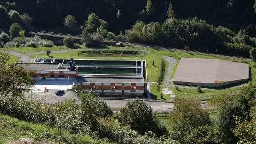 La gestión privada del agua en Mieres se ve amenazada por primera vez en dos décadas