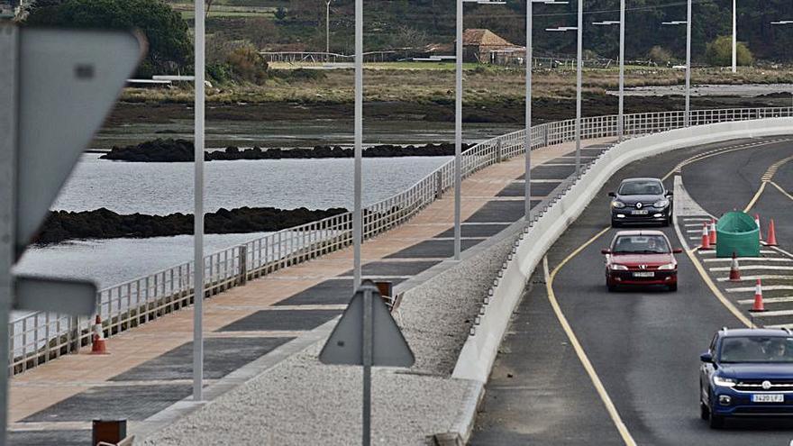 La primera parte del paseo peatonal a Marín, a punto