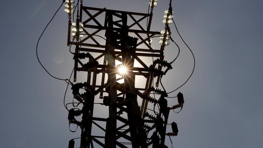 La inflación sube al 3,3% en agosto por el alza del precio de la luz