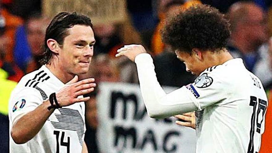 Alemanya enfonsa Holanda amb un gol a l'últim minut