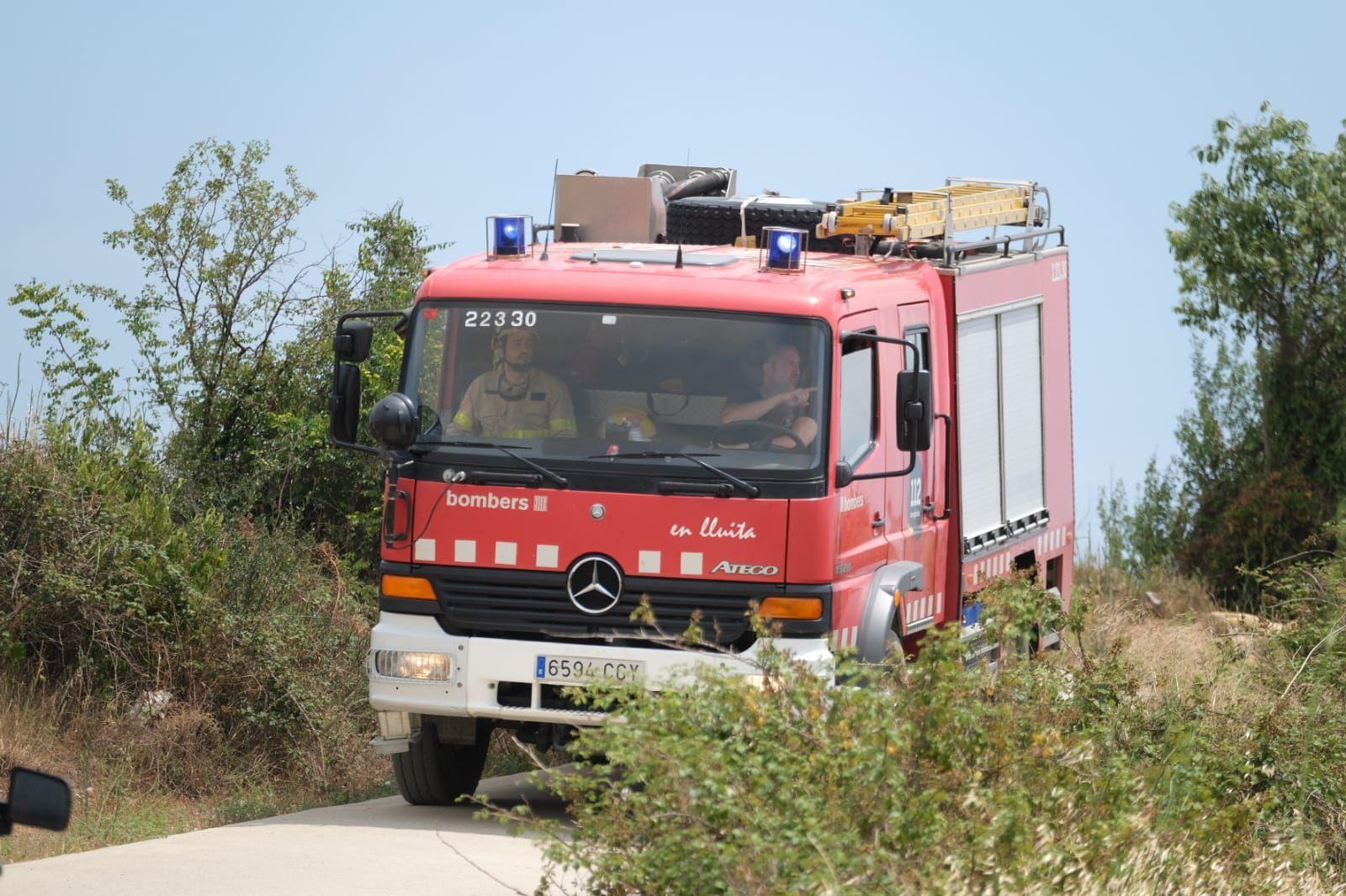 Incendi a la zona oest de Figueres