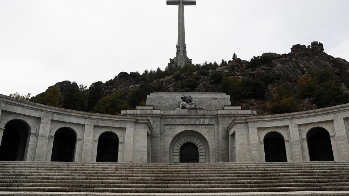 Vista del Valle de los Caídos vacío.