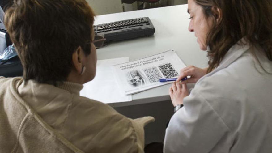 Suspenden la comercialización de varios fármacos para la osteoporosis