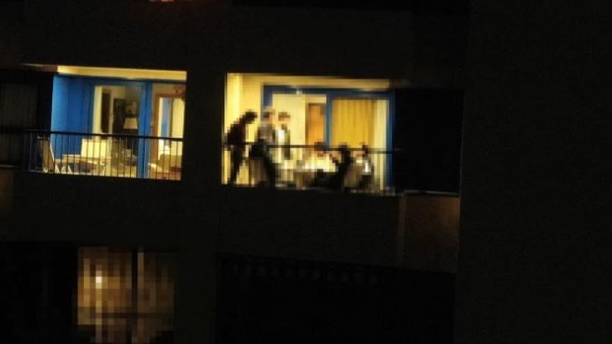 Un dron destapa una fiesta privada en la Patacona