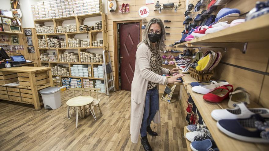 Los comerciantes están atentos a la posibilidad de que se amplíen las horas de apertura de sus negocios