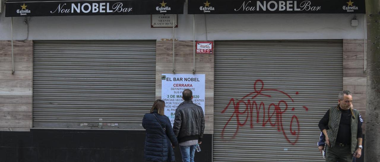 Los establecimientos Madeira y Nou Nobel cerrados.