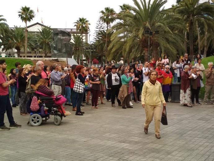 Concentración en la Plaza de La Feria por la libertad provisional de 'La Manada'