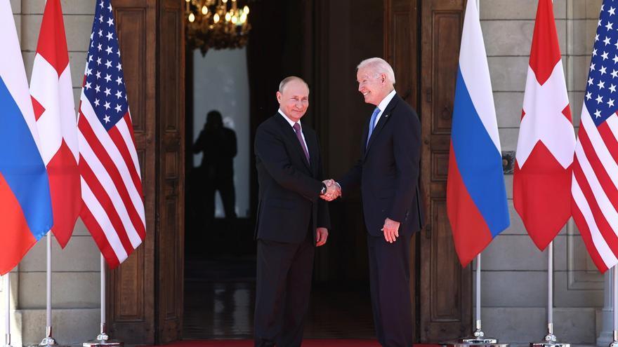Rusia valora positivamente la reunión entre Putin y Biden