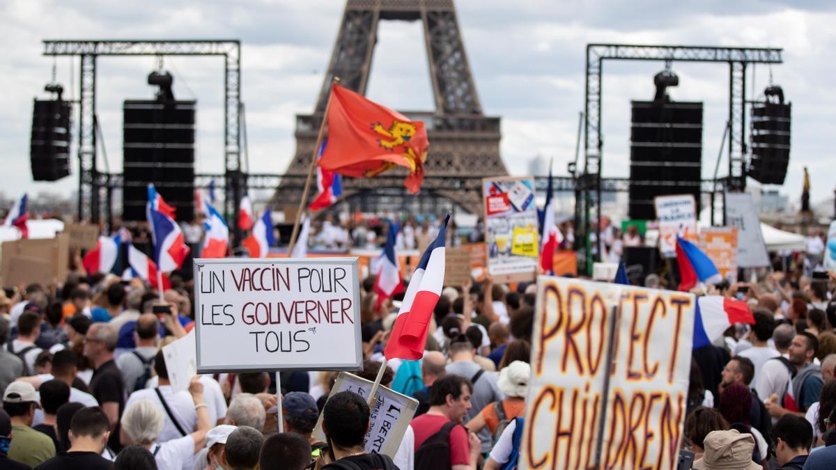 Protesta contra la vacunación obligatoria en Francia.