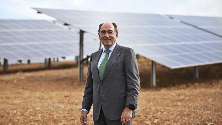 Iberdrola invierte 107 millones en su segunda megaplanta solar en Ayora