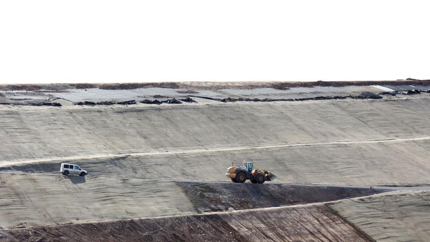 Emaya desoye la orden judicial de frenar la contaminación del acuífero de Son Reus