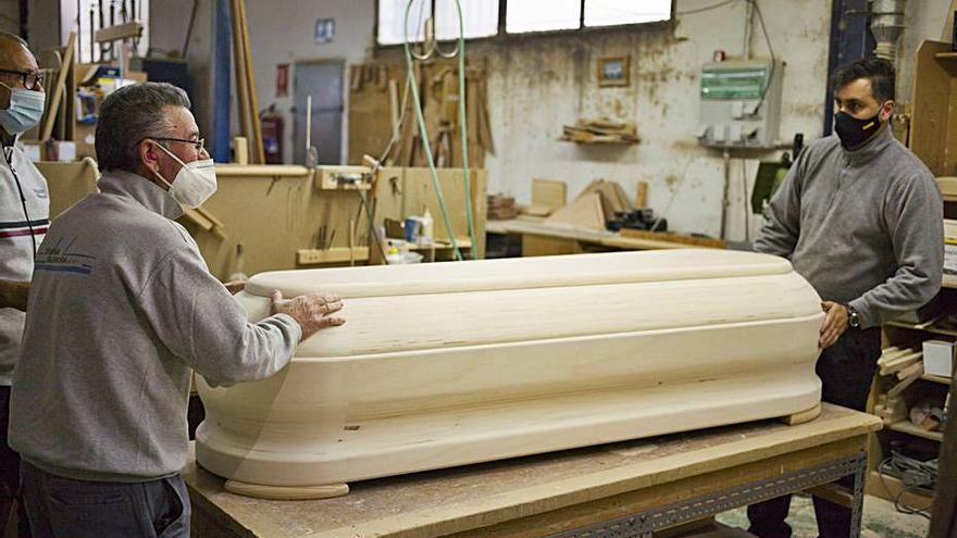Ligero incremento del desempleo en la  Costera y débil recuperación en la Vall