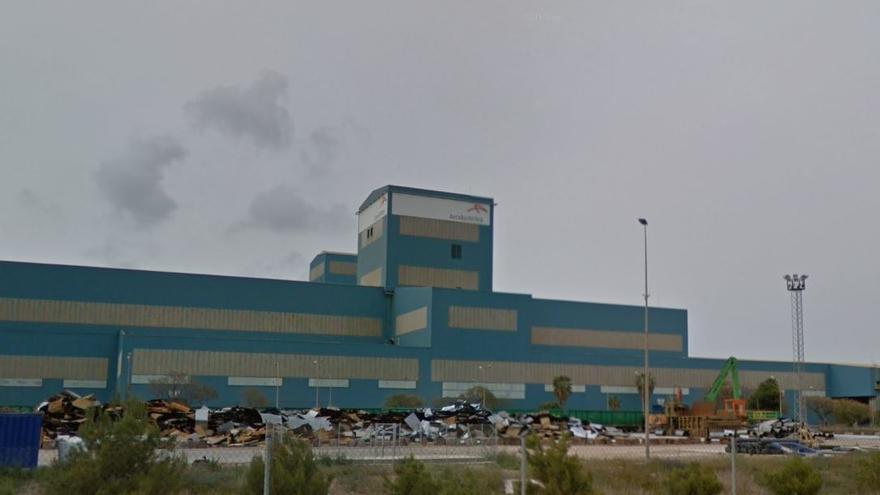 ArcelorMittal reduce su producción en Sagunt arrastrada por la crisis de microchips