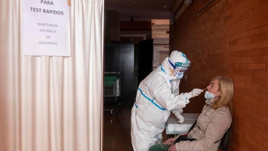 Más de 70.000 valencianos están contagiados de coronavirus ahora mismo