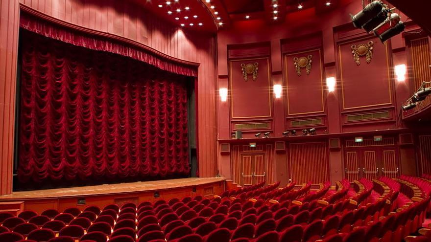 """Teatros y salas de conciertos ven """"inviable"""" reabrir con reducción de aforo"""