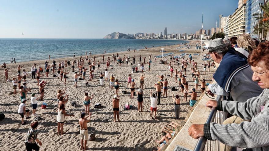 Benidorm urge al Gobierno a cerrar un pacto sobre el Imserso para no perjudicar al turismo
