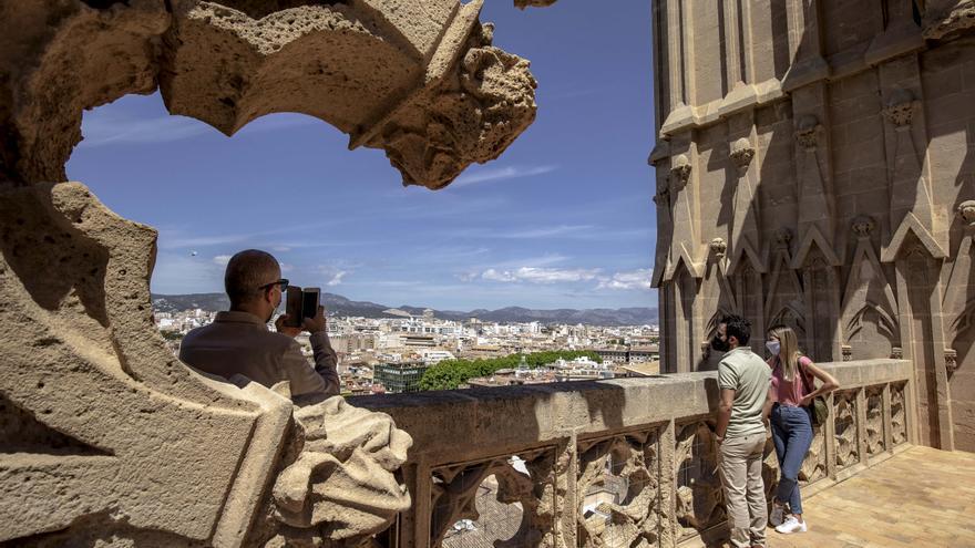 La Catedral de Mallorca abrirá el próximo día 28 las reservas para visitar las terrazas en junio