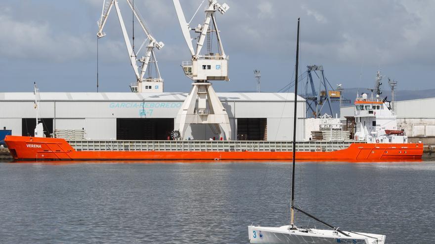 El puerto de Vilagarcía espera cerrar un año récord tras superar las 1,1 toneladas movidas en septiembre