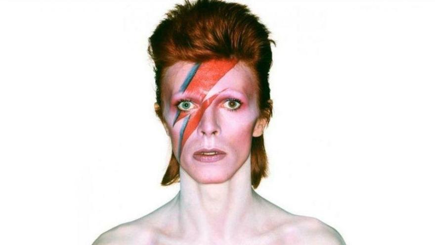 València rinde homenaje a David Bowie