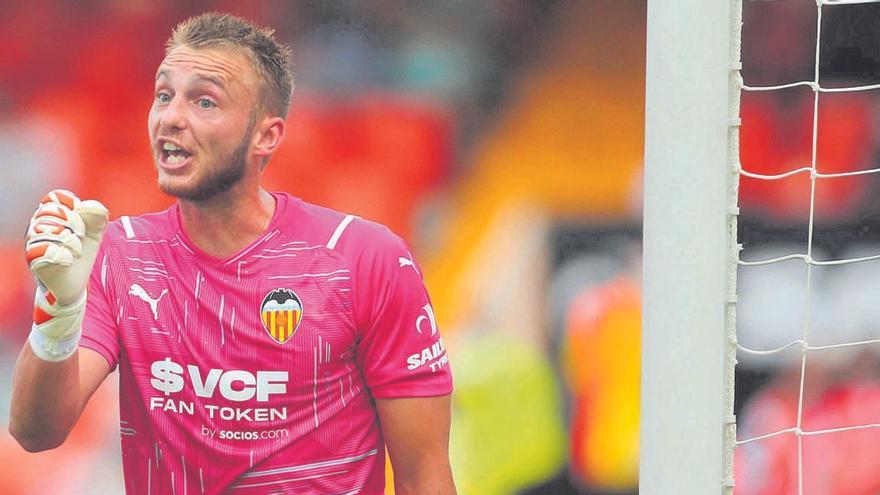 Cillessen tiene hambre de Camp Nou