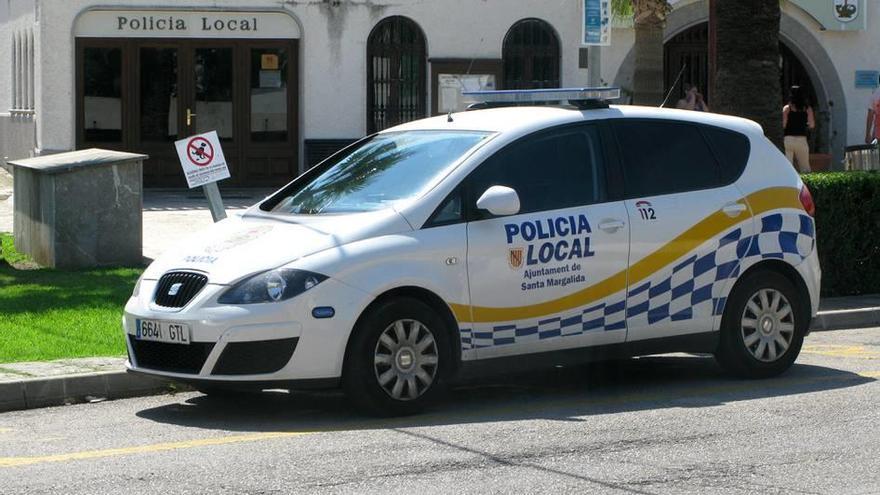Detenido un traficante que vendía droga a turistas en un patinete en Can Picafort