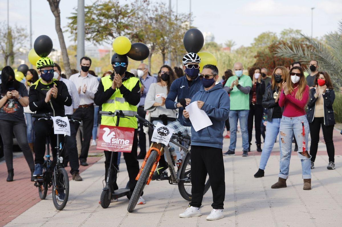 """Los interinos se movilizan en Murcia contra el """"abuso"""" de la temporalidad en la enseñanza pública"""