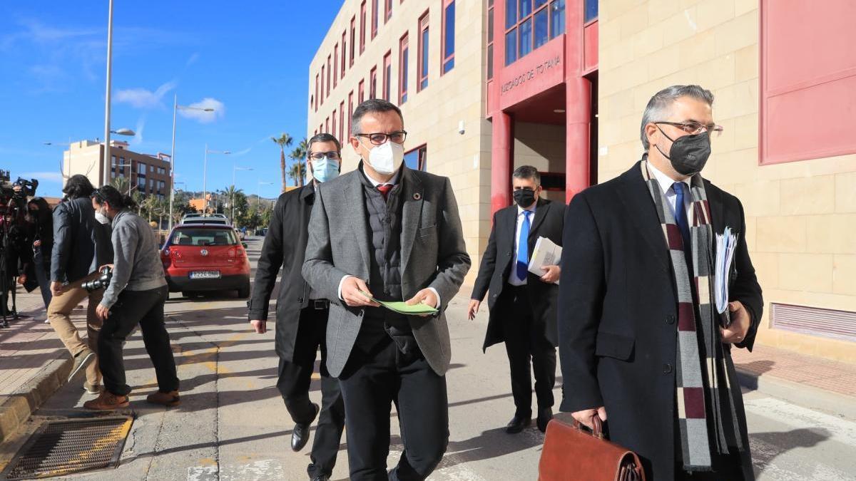 Conesa declara como investigado por prevaricación en el juzgado de Totana
