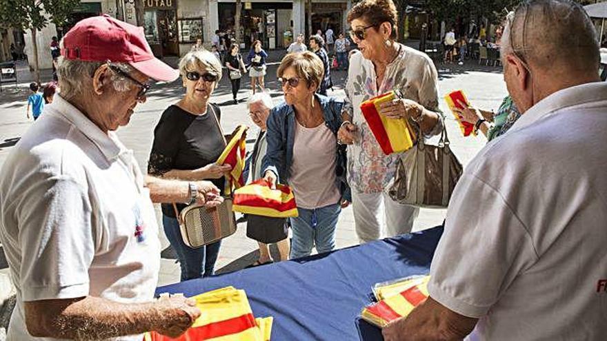Poble a poble, consulta l'agenda d'actes de la Diada a l'Alt Empordà