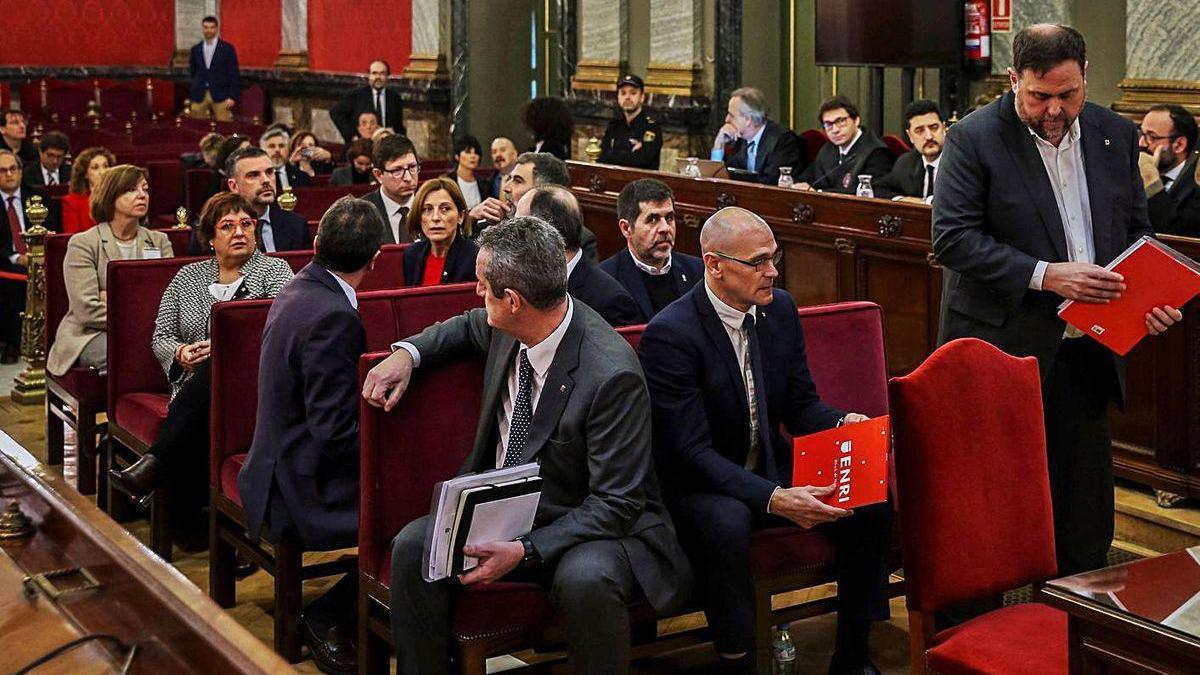 Los presos soberanistas catalanes, durante el juicio en el Tribunal Supremo.