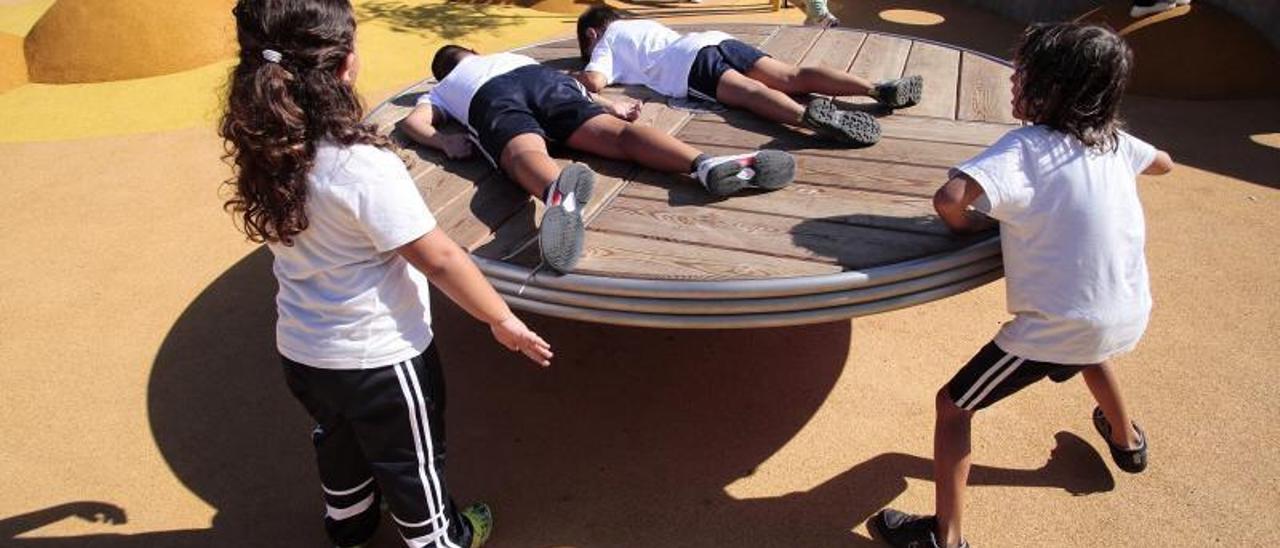 El parque infantil El Laurel acoge una jornada sobre accesibilidad